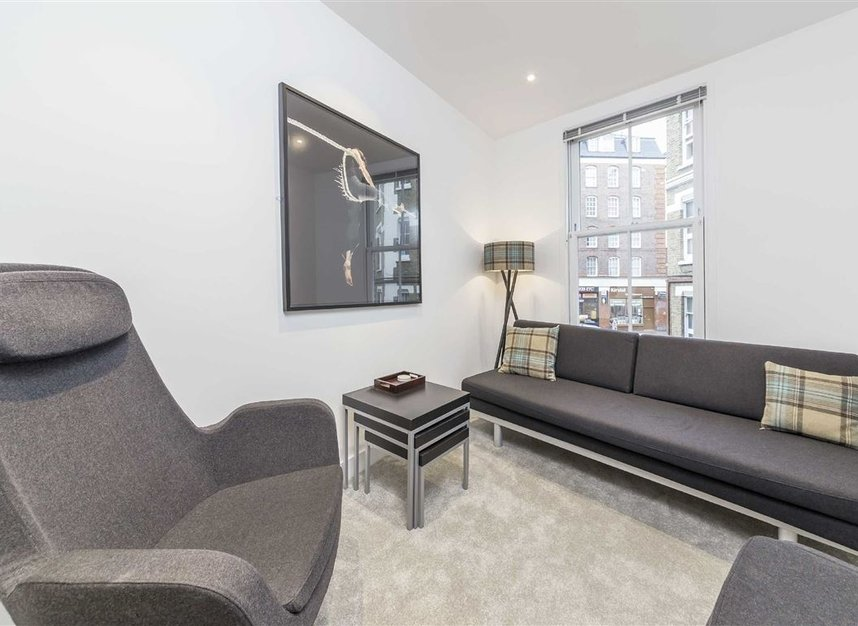 Properties to let in Laystall Street - EC1R 4PA view3