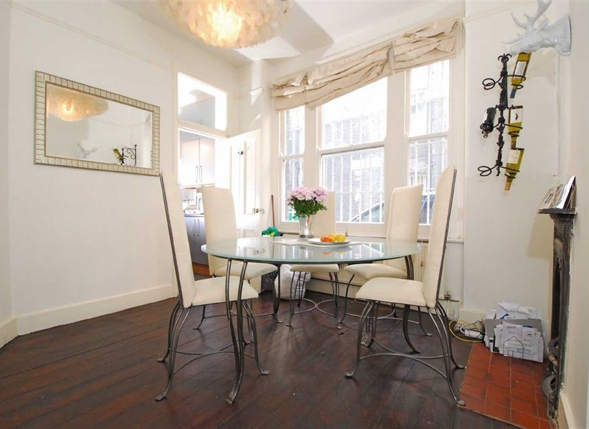 Properties to let in Lurline Gardens - SW11 4DH view4
