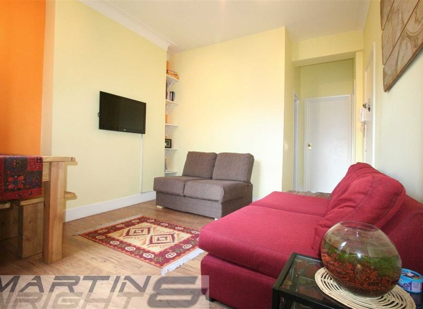 Properties to let in Messina Avenue - NW6 4LG view4