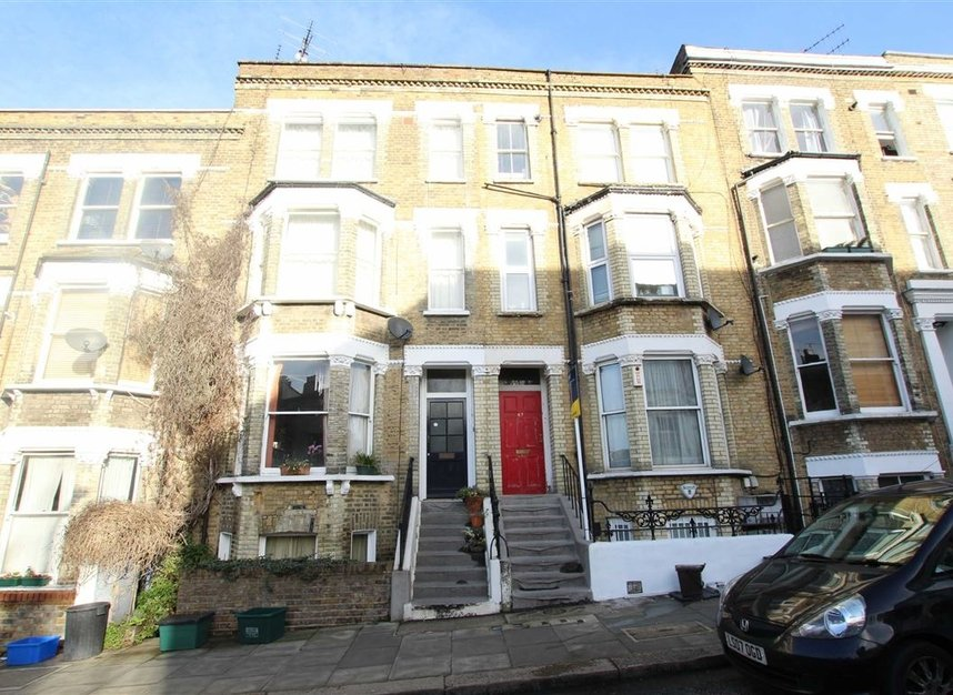 Properties to let in Messina Avenue - NW6 4LG view1
