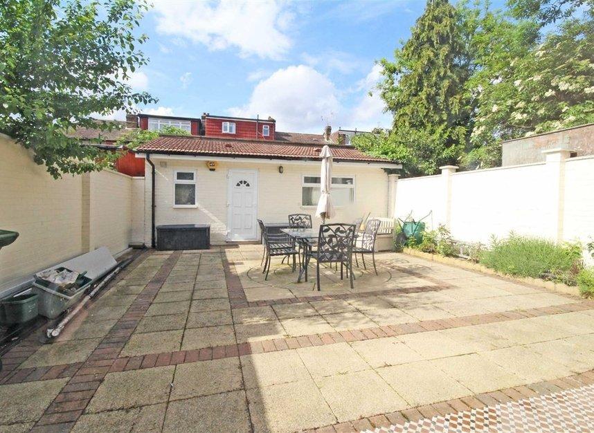 Properties to let in Noel Road - W3 0JE view7