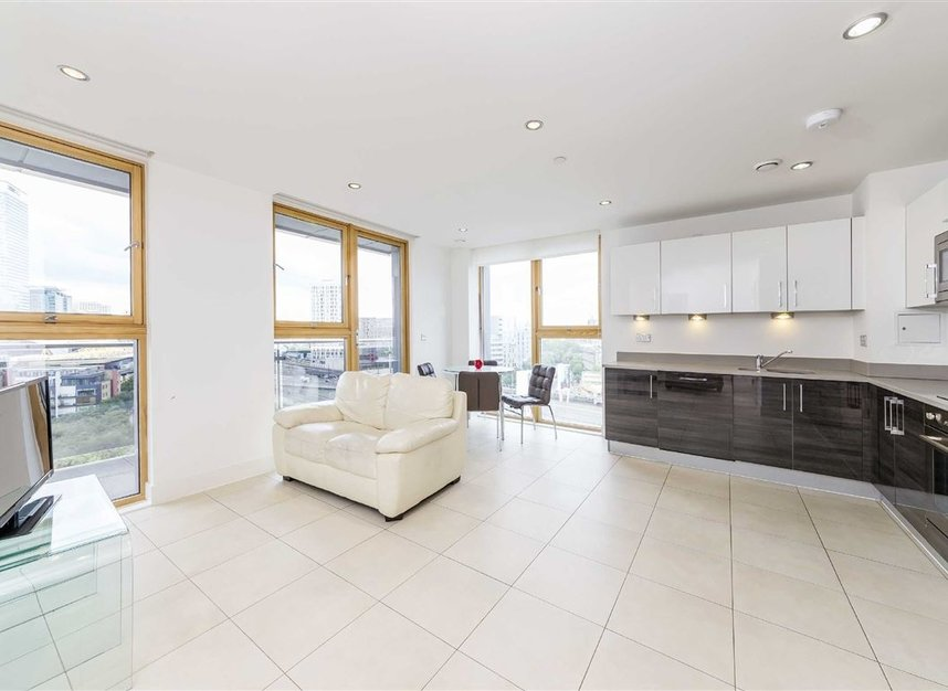 Properties to let in Province Square - E14 9DW view2