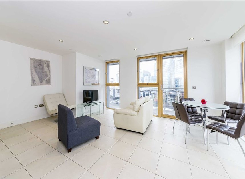 Properties to let in Province Square - E14 9DW view3