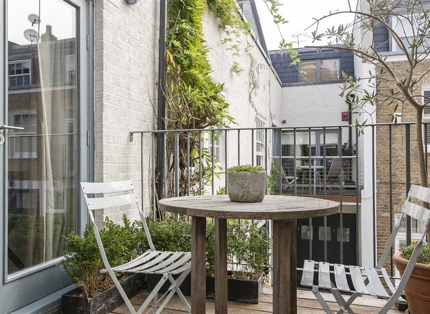 Properties to let in Queen's Gate Mews - SW7 5QN view14