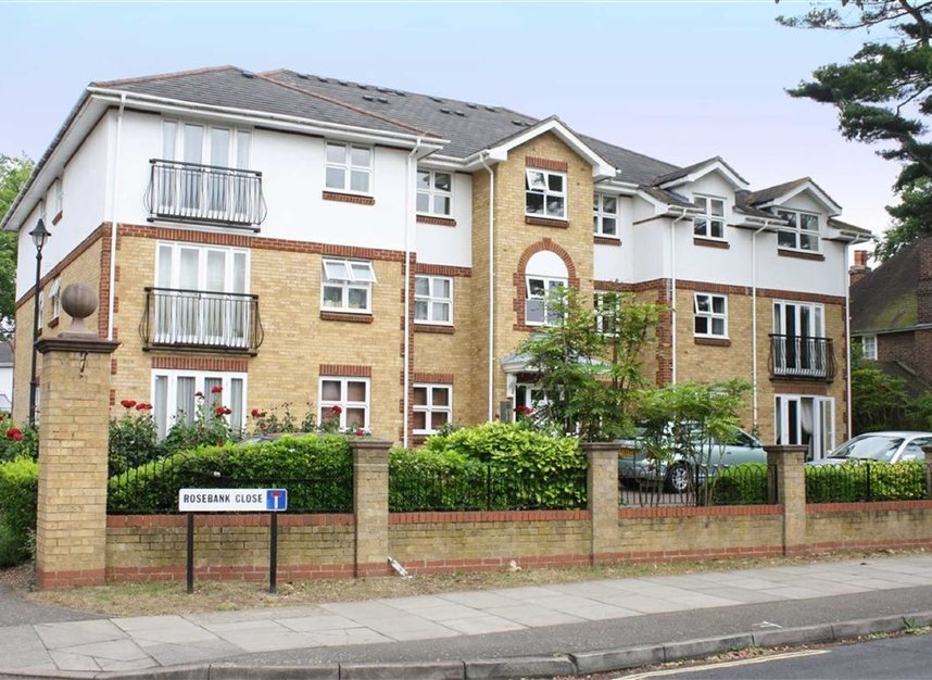 Properties to let in Rosebank Close - TW11 9BW view1