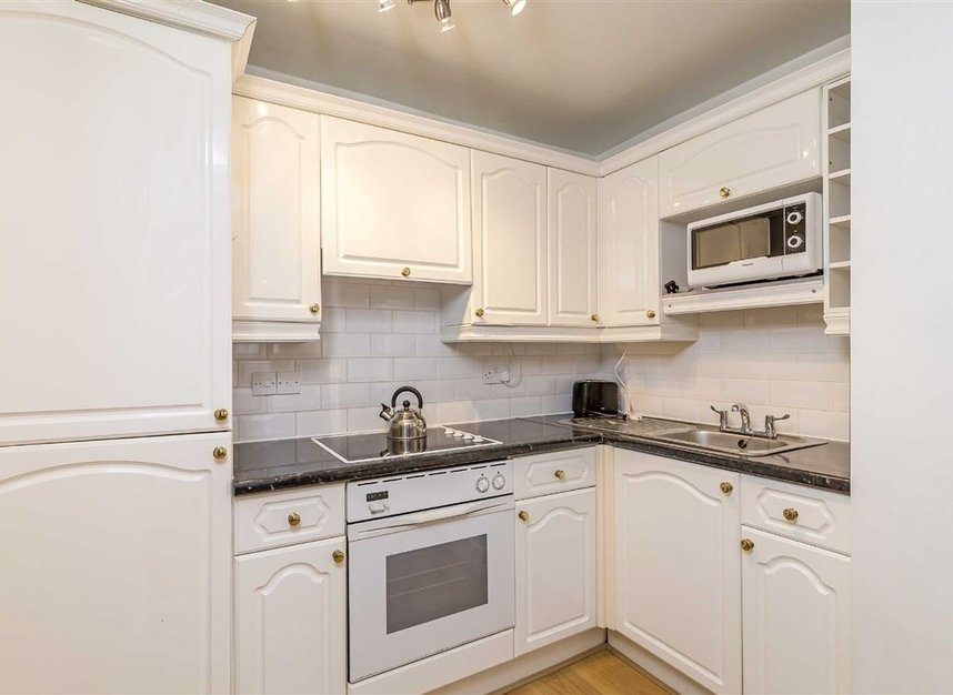 Properties to let in Rossmore Close - NW1 6NN view3