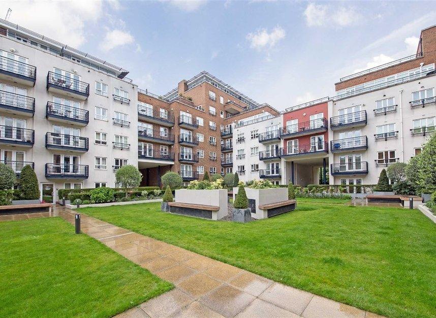 Properties to let in Royal Quarter - KT2 5BG view1