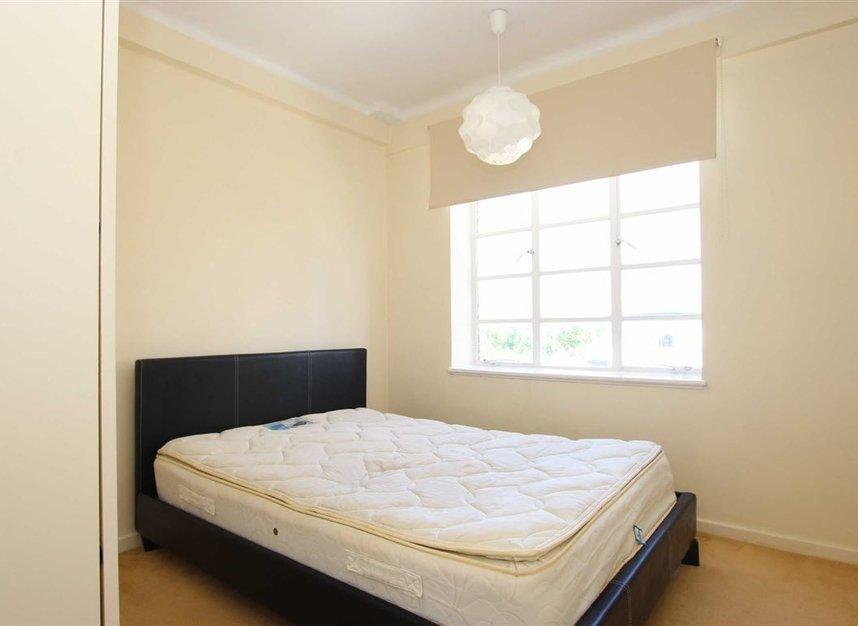 Properties to let in Shepherds Bush Road - W6 7LZ view3