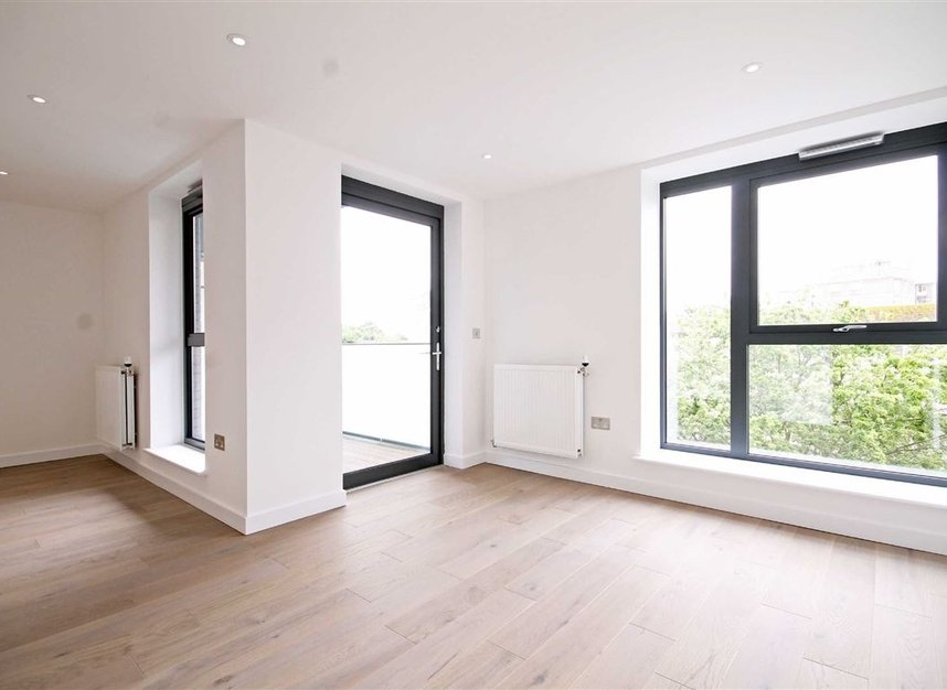 Properties to let in Singapore Road - W13 0FE view2