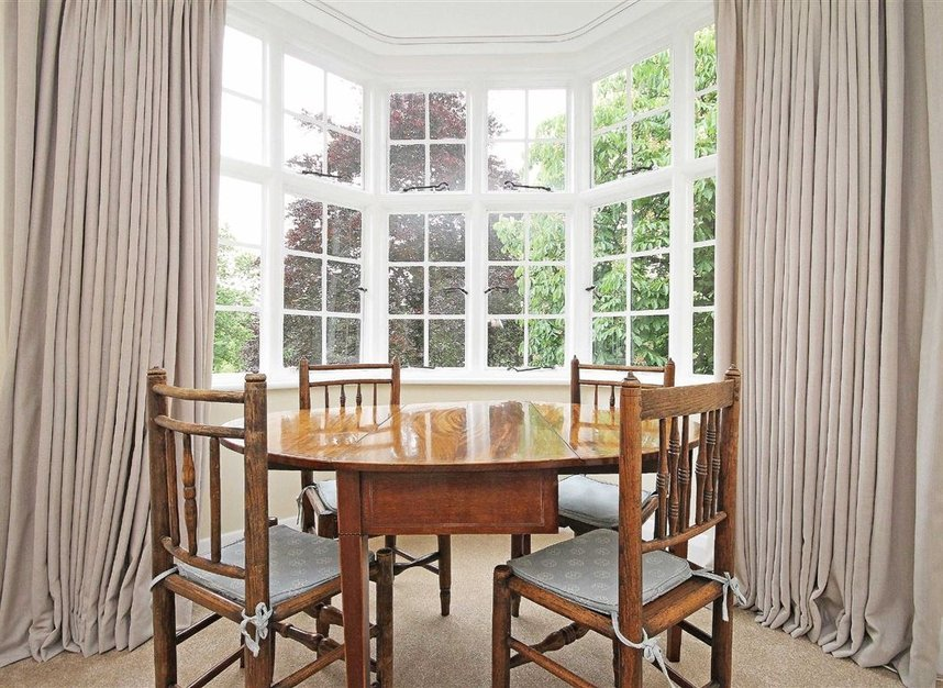 Properties to let in South Edwardes Square - W8 6HN view3