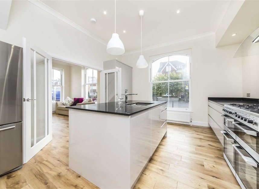 Properties to let in South Park Road - SW19 8RR view3