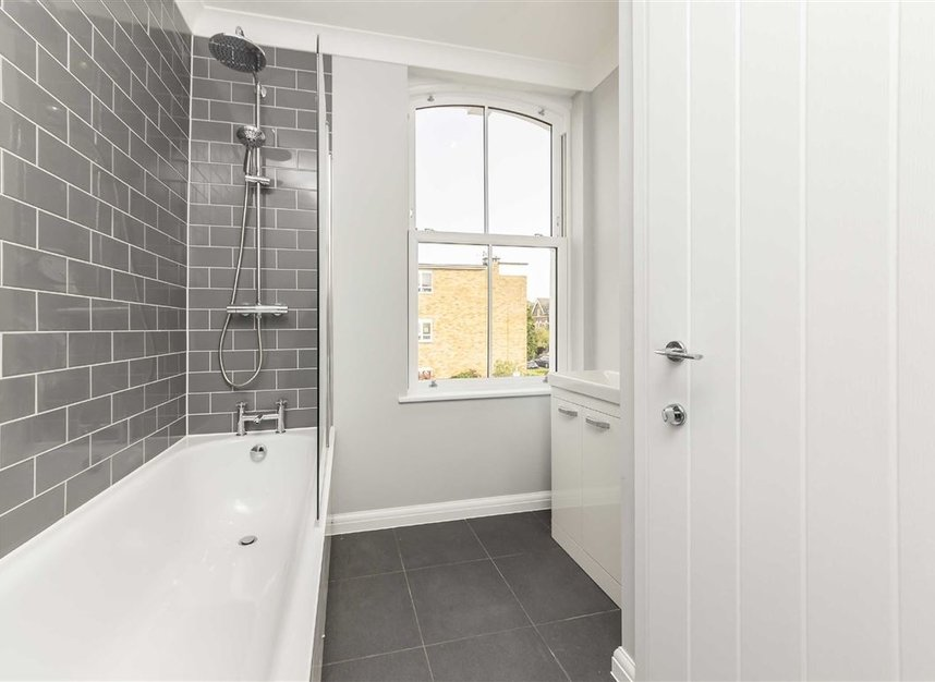 Properties to let in South Park Road - SW19 8RR view6