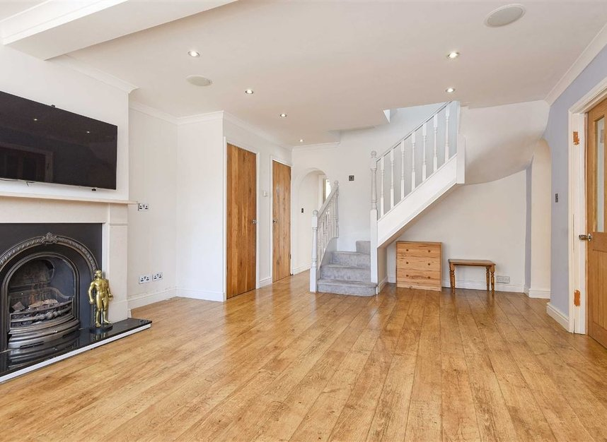 Properties to let in St. Lawrence Street - E14 9QR view2