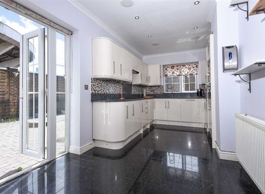 Properties to let in St. Lawrence Street - E14 9QR view4