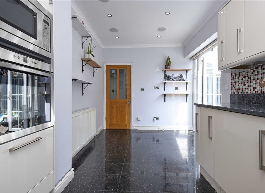 Properties to let in St. Lawrence Street - E14 9QR view5