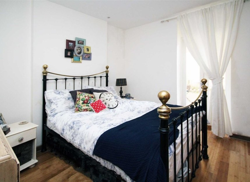 Properties to let in St. Margarets Road - TW1 2LJ view3