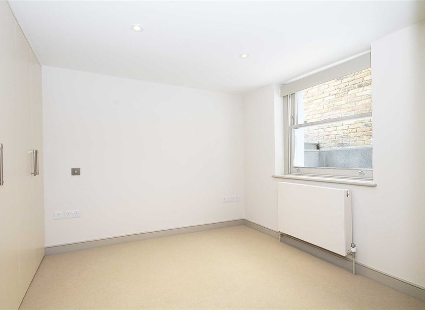Properties to let in St. Maur Road - SW6 4DR view8