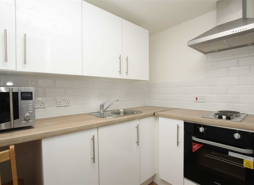 Properties to let in West End Lane - NW6 2NE view4